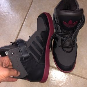 Red Bottom High Too Adidas size 6.5 women
